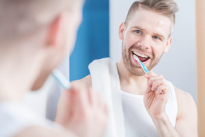 The Do's and Don'ts of Daily Tooth Habits